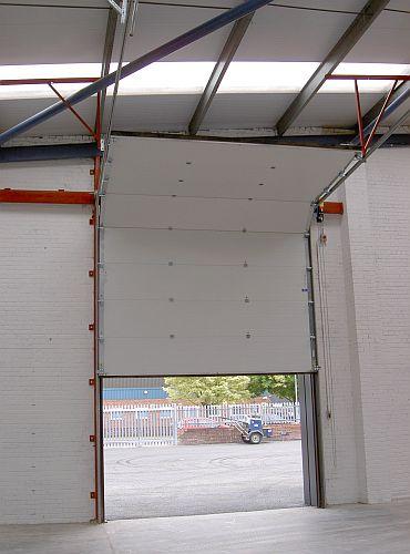 Cobra 610 Insulated Sectional Overhead Door